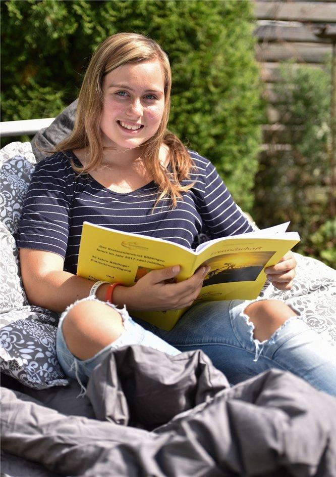 Emily Aichele ist zwar erst 14 Jahre alt, aus ihrer Feder stammen aber schon viele Geschichten - längere wie kürzere. Mit einer von ihnen gewann sie als Jüngste ei ...