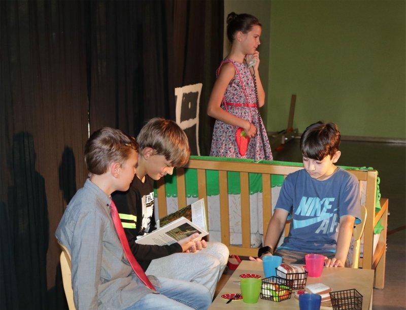 Die Erkenntnis beim Theaterstück: Auch Lesen kann begeistern GB-Foto: Bäuerle