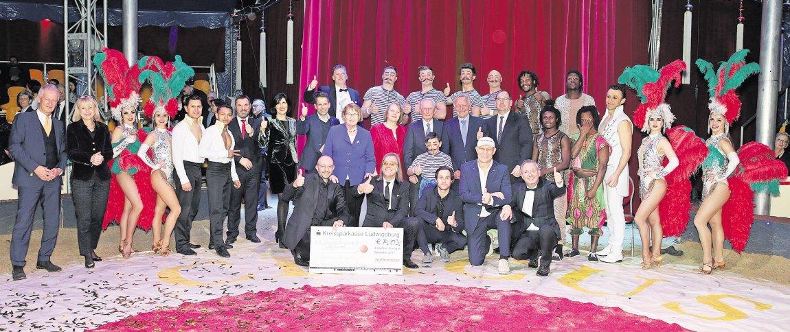 12 500 Euro Fur Sindelfinger Burgerstiftung Kreiszeitung Boblinger Bote