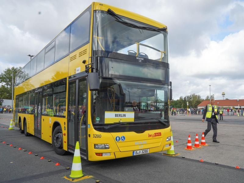 Erste Busfahrer Em In Berlin Gewinner Aus Stuttgart Kreiszeitung
